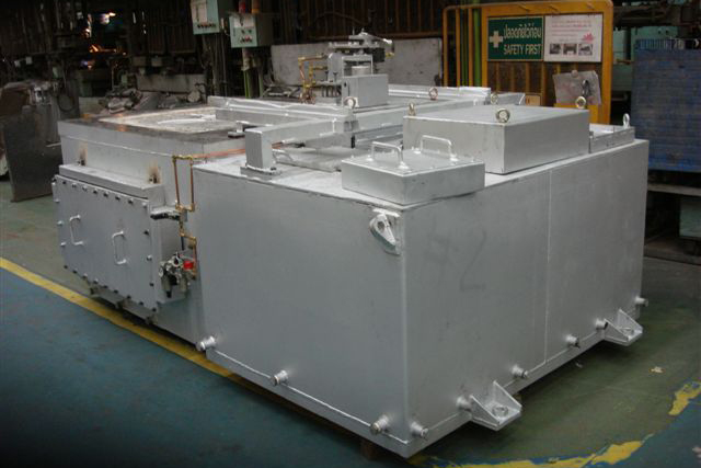 低圧鋳造炉二槽式