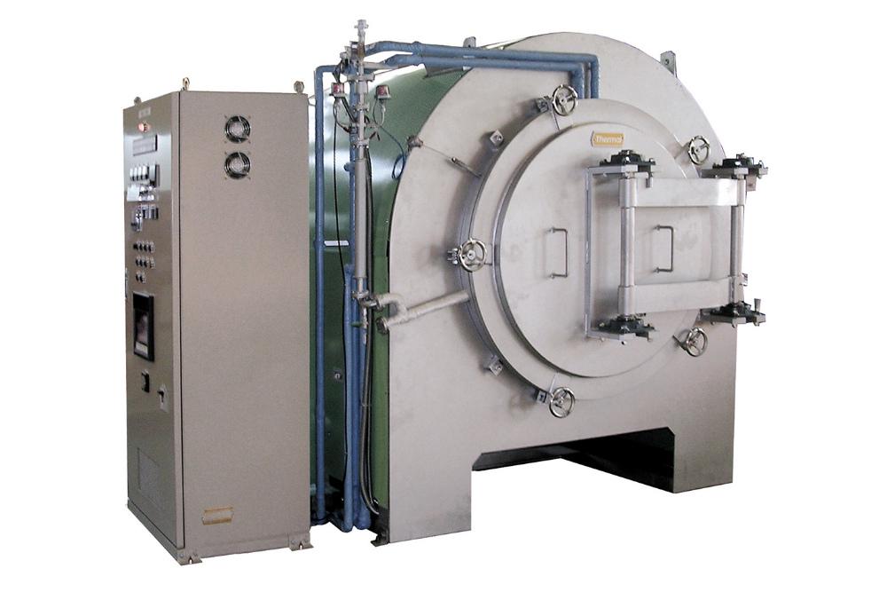 RAVN横型真空式窒化炉